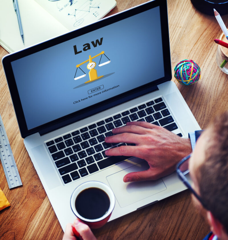 Are you looking to hire a reliable small business lawyer? Here is a quick guide on how to find the best attorney for your small business.